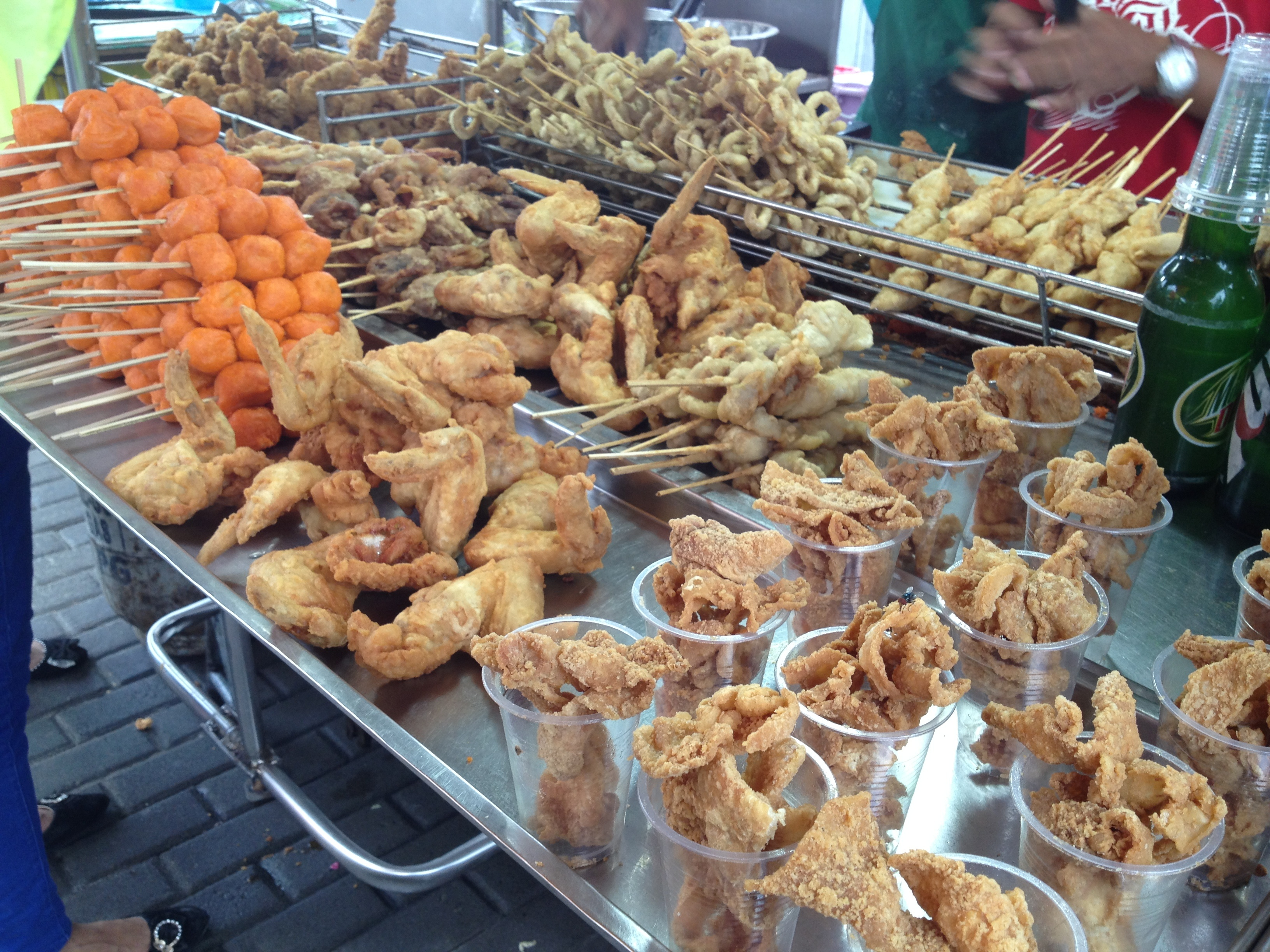 food and street foods When traveling, why not sample the food the locals love behold, the 10 best street foods from around the world, recommended by howstuffworks.